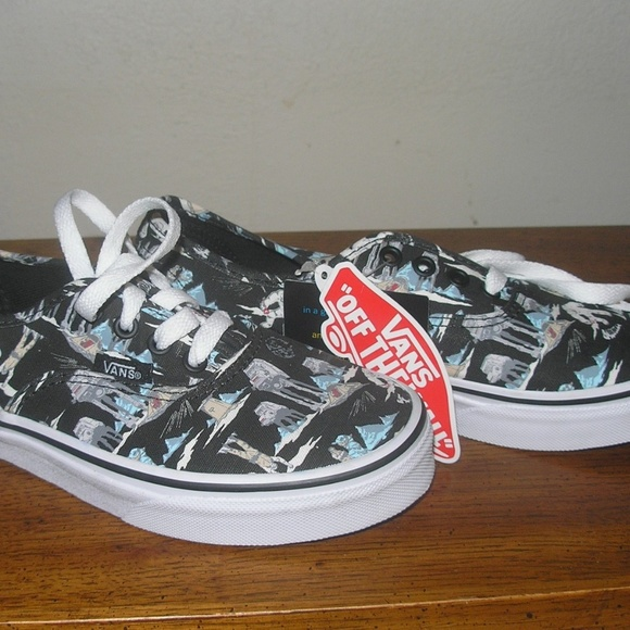 f25ef84f7dc38e Vans Unisex Classic Slip On Star Wars Shoes Size 2